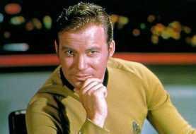 Il capitano Kirk scrive un diario di bordo del suo autoisolamento