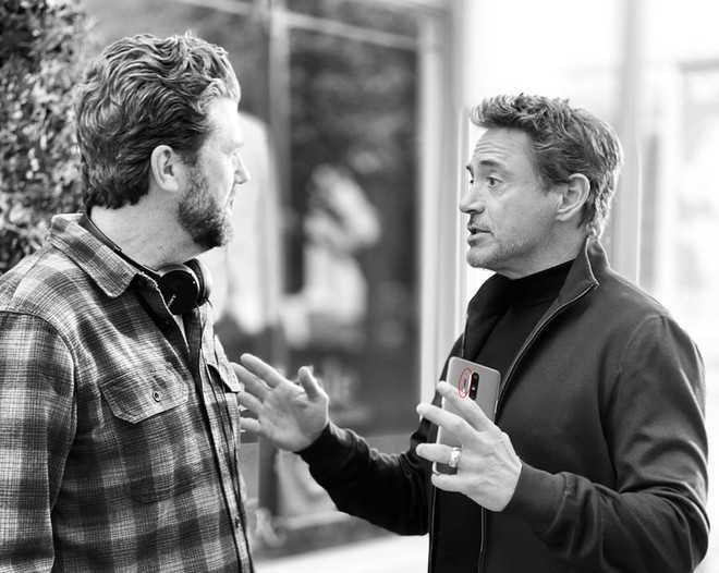 OnePlus 8 e 8 Pro: Iron Man ci fa capire che manca poco
