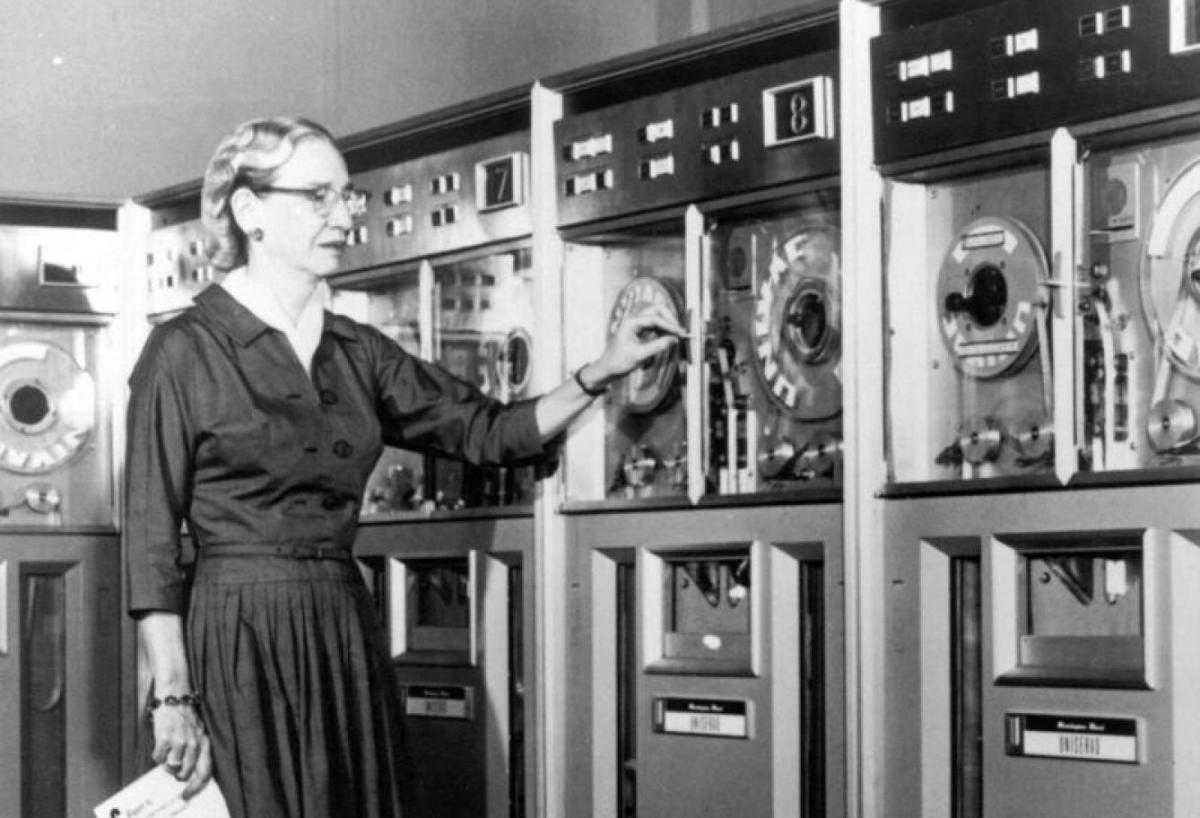 COBOL: il linguaggio di programmazione immortale delle banche