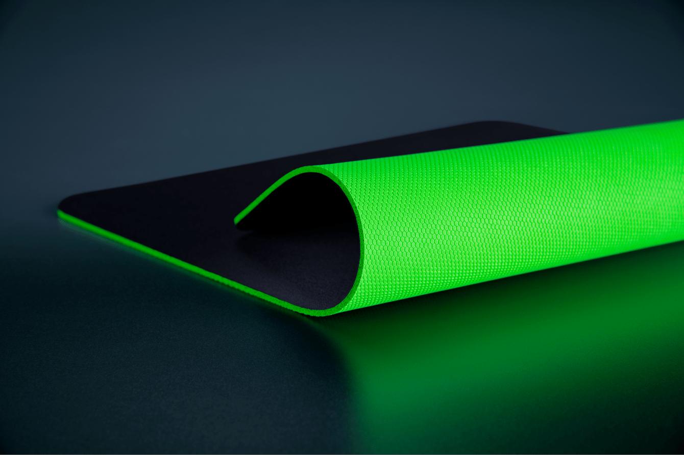 Razer Gigantus V2: ecco i nuovi tappetini per mouse