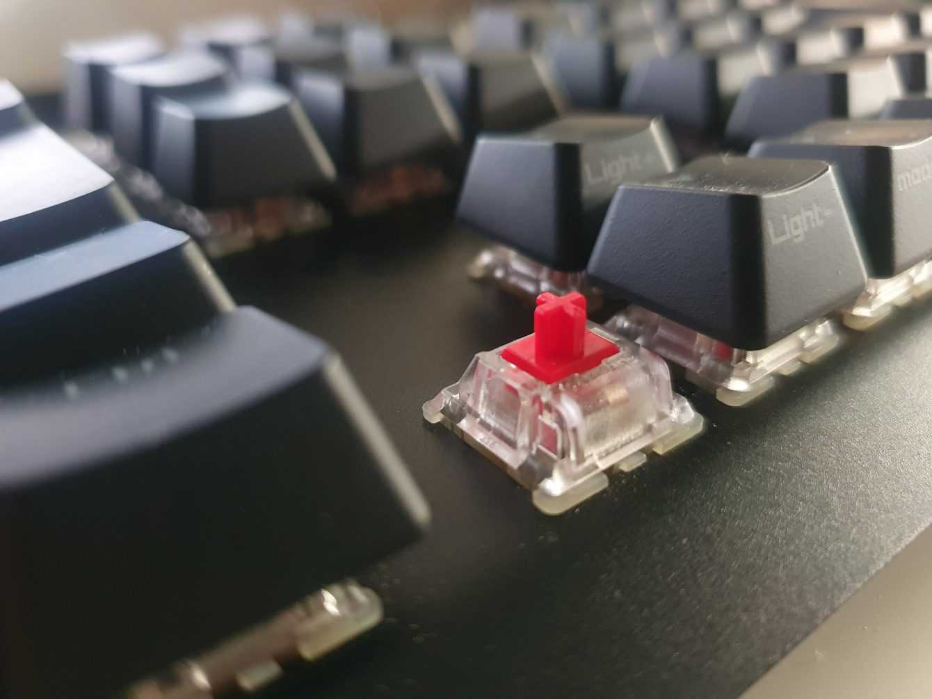 Recensione ASUS ROG Strix Scope: la tastiera per gli sparatutto