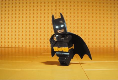 Lego Batman contro il Coronavirus in un divertente messaggio