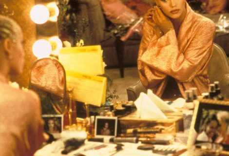 You Don't Nomi: il trailer sul film Showgirls è uscito