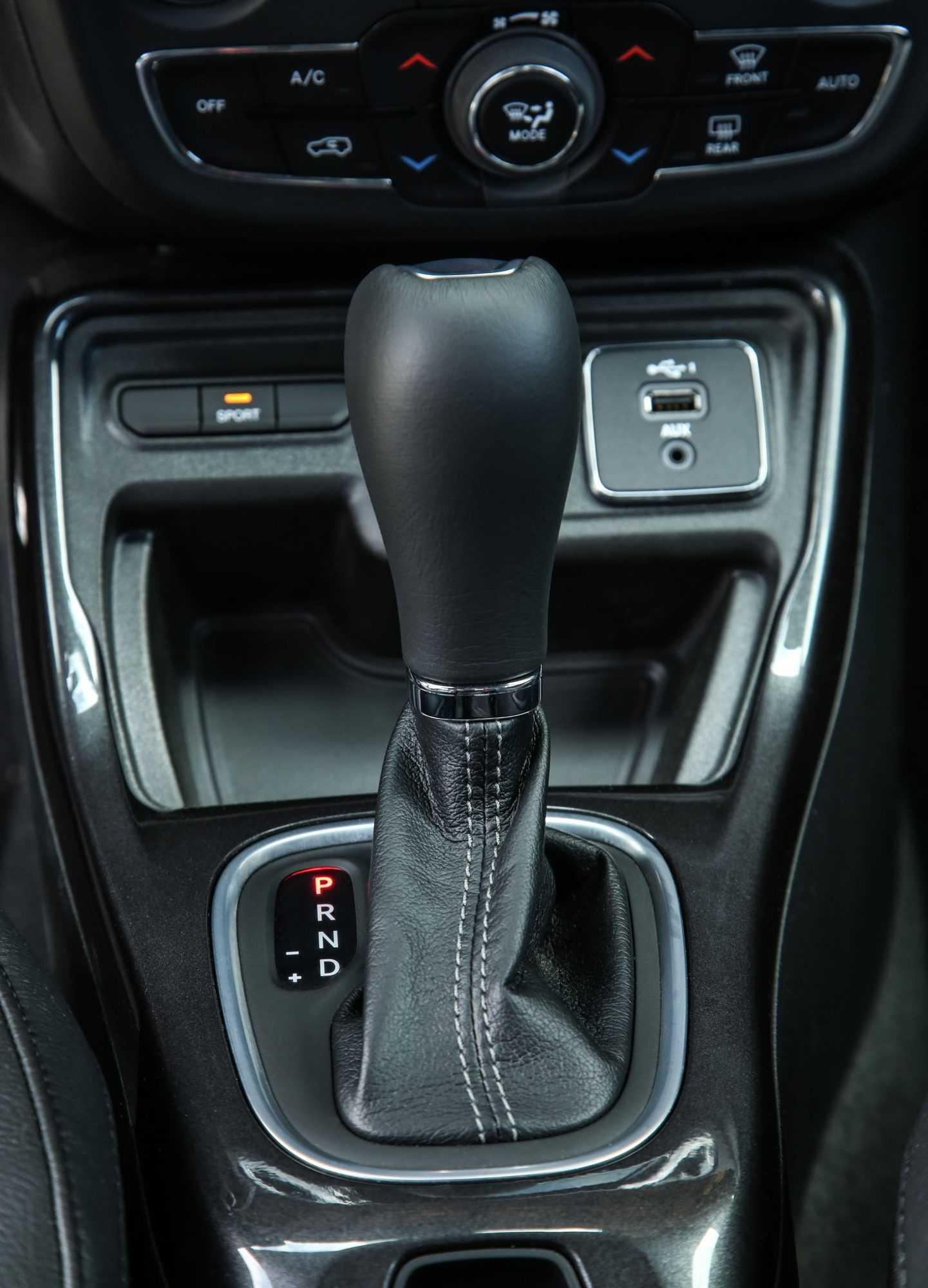 Jeep Compass MY 2020: nuovi motori, gli allestimenti e i prezzi