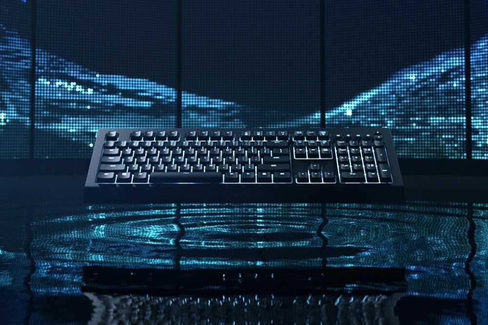 Razer Cynosa V2: tra illuminazione RGB e controlli dedicati