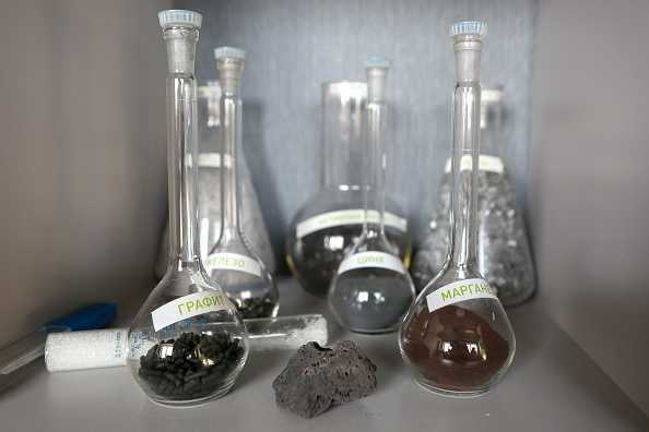 Batteri: scoperti ceppi che mangiano il metallo