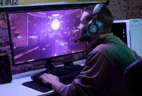 JBL Quantum: cuffie e diffusori pensati per il gaming