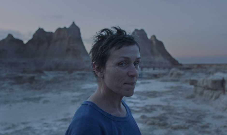 Recensione Nomadland: la poesia dell'on the road di Chloè Zhao e Frances McDormand