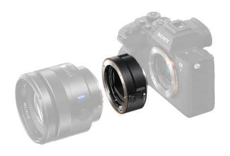 Sony LA-EA5, lanciato il nuovo adattatore per obiettivi