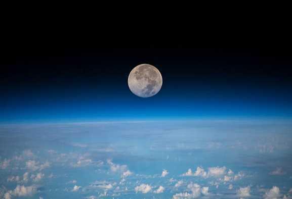 Luna: l'ossigeno della Terra è giunto fin lassù?