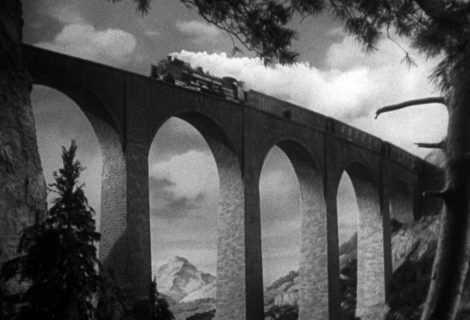 La signora scompare: l'ultimo acuto inglese | Alfred Hitchcock