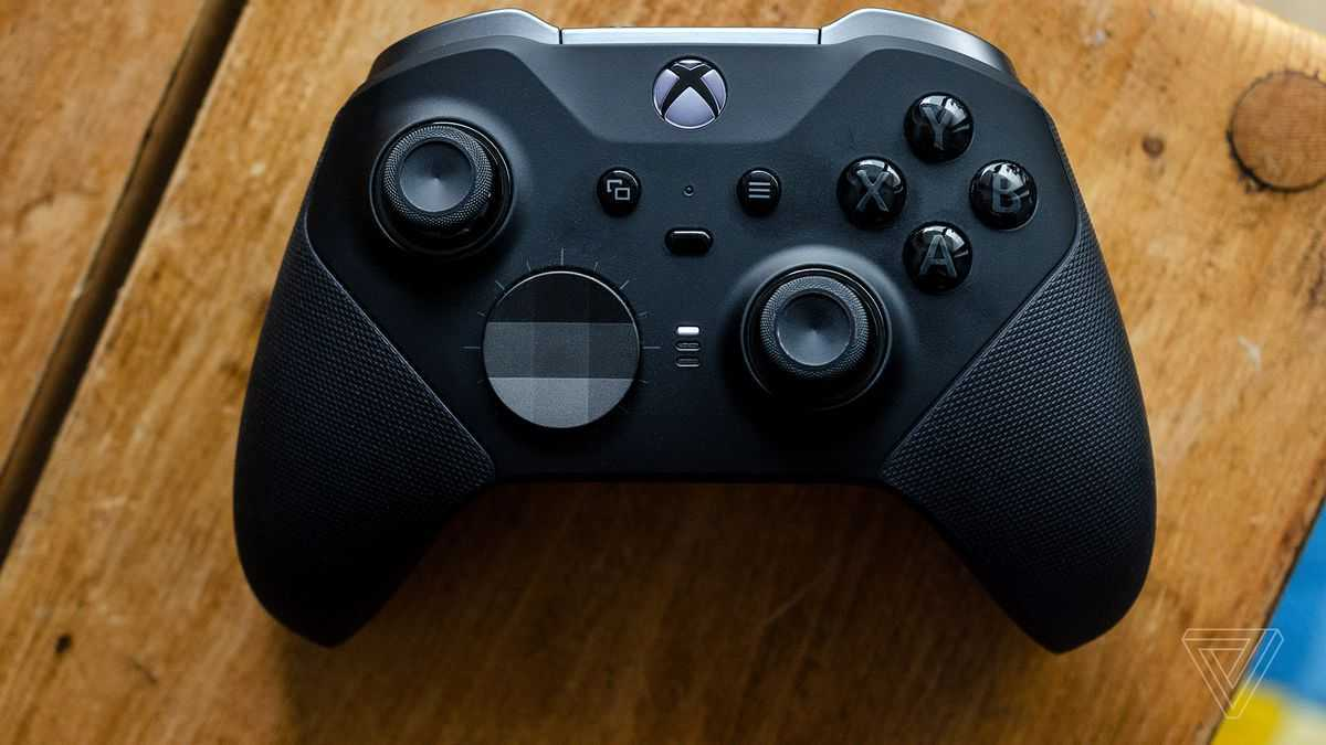 Xbox: causa collettiva per drifting dei controller Elite