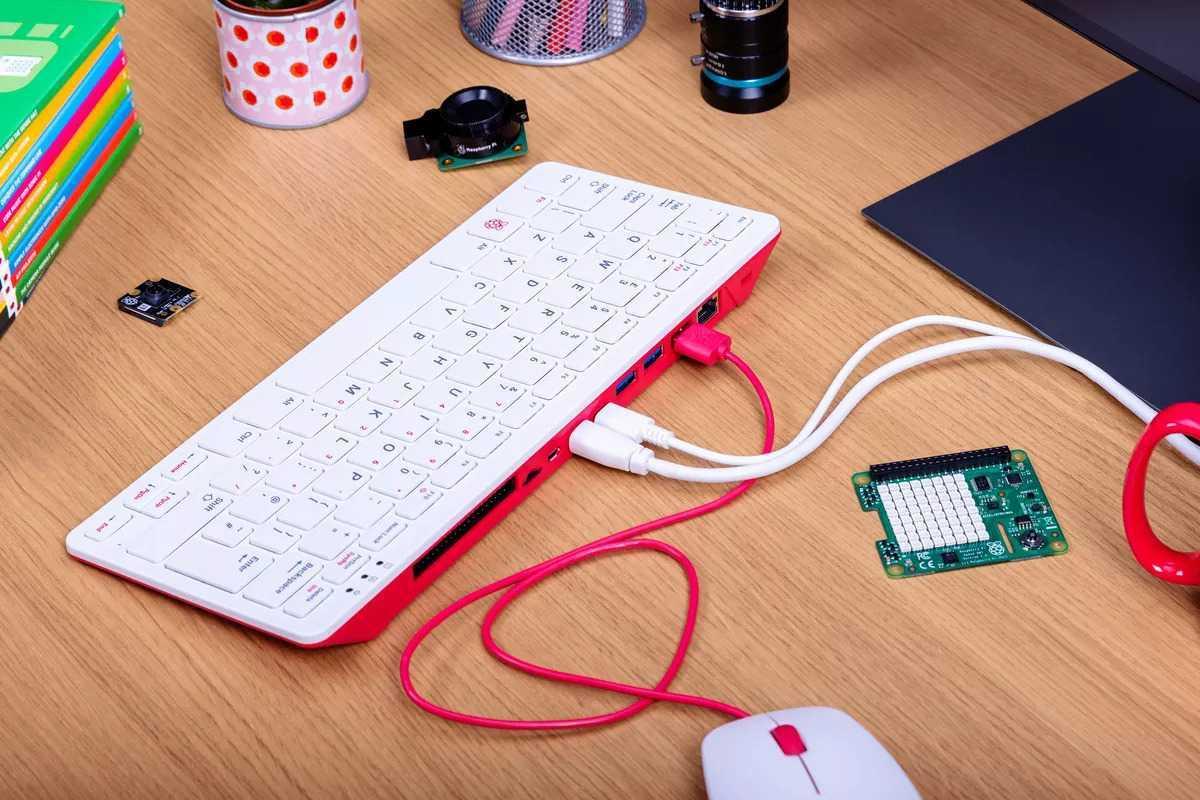 Raspberry Pi 400: un PC quasi completo a 80 euro