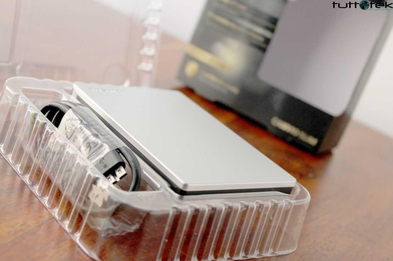 Recensione Toshiba Canvio Slim: leggero e minimal