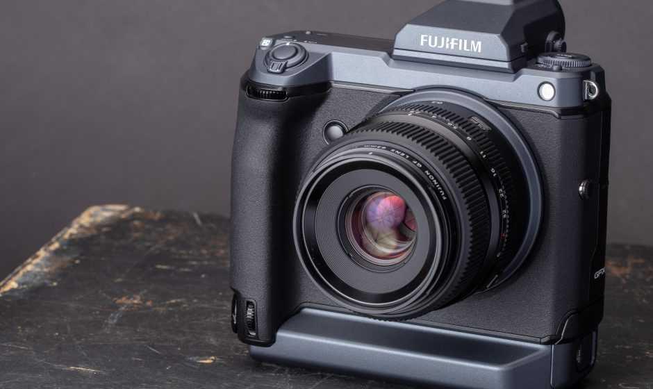 FUJIFILM: aggiornamenti firmware per GFX100 e GFX100S