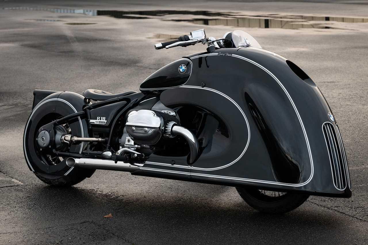 BMW Motorrad presenta la nuova R 18 custom