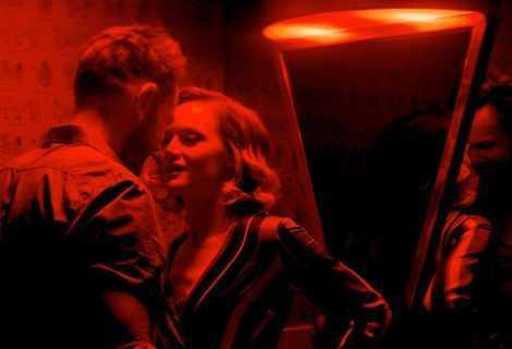 Happily: il primo trailer dell'oscura commedia romantica