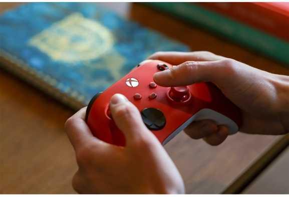 Microsoft: ecco il nuovo controller wireless Pulse Red