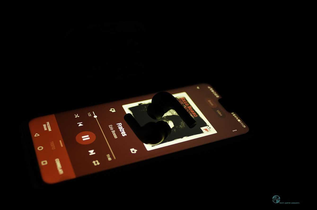 Review Aukey Bluetooth TWS EP-T21S headphones: unpretentious
