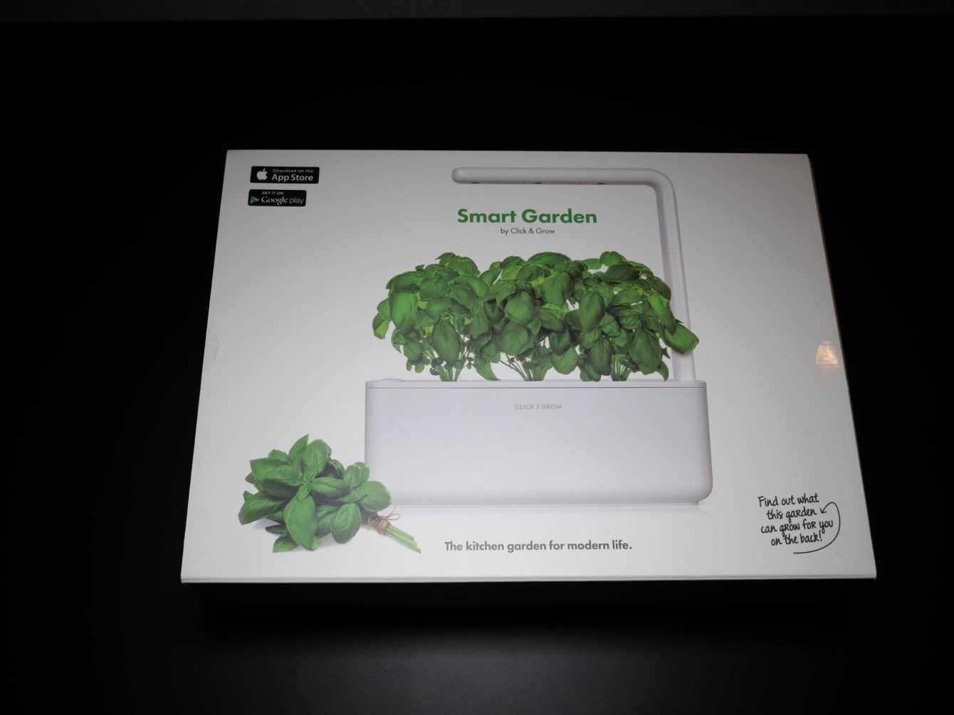 Recensione Smart Garden 3: il vaso per chi ha il pollice blue