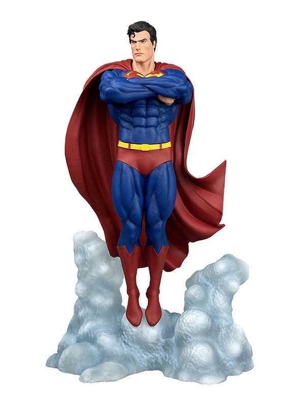Diamond Select Toys: tre nuove figure dedicate a Superman e Il Signore degli Anelli in arrivo