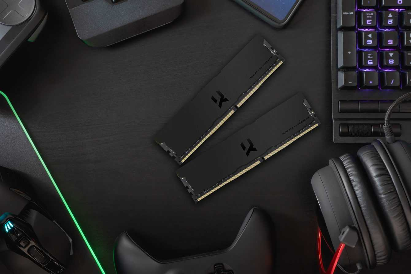 IRDM PRO DDR4 Deep Black: elegance and performance