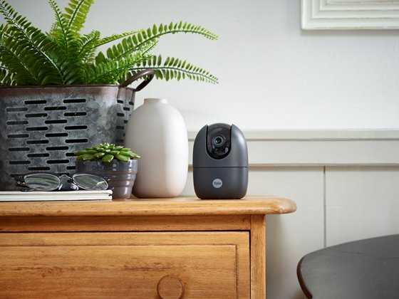 Yale: nuove telecamere di sicurezza da interno ed esterno