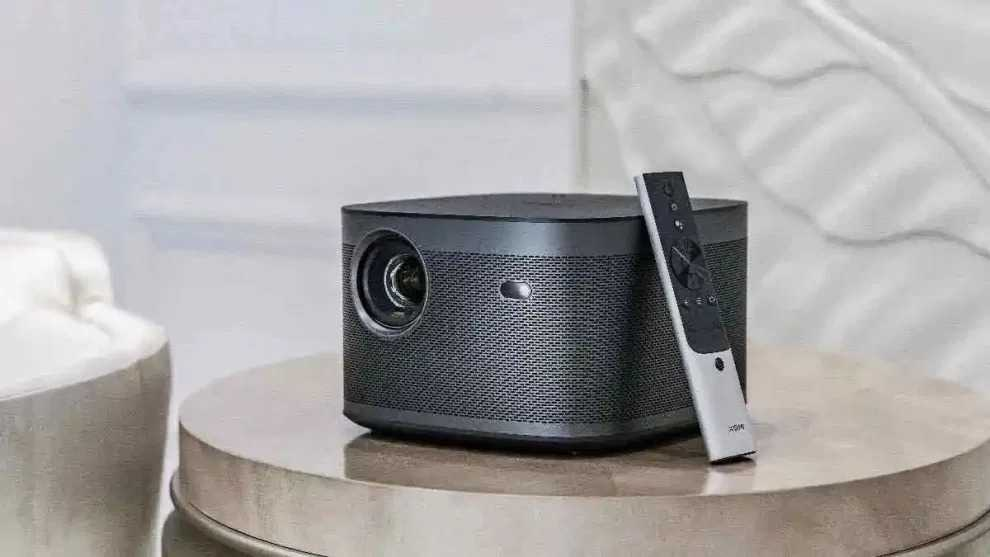 XGIMI Horizon and Horizon Pro: the new compact 4K projectors in May