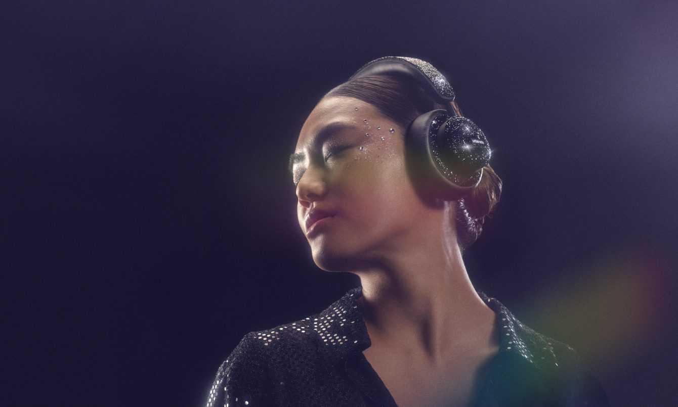 Urbanista presenta le cuffie Miami Crystal Edition con Swarovski