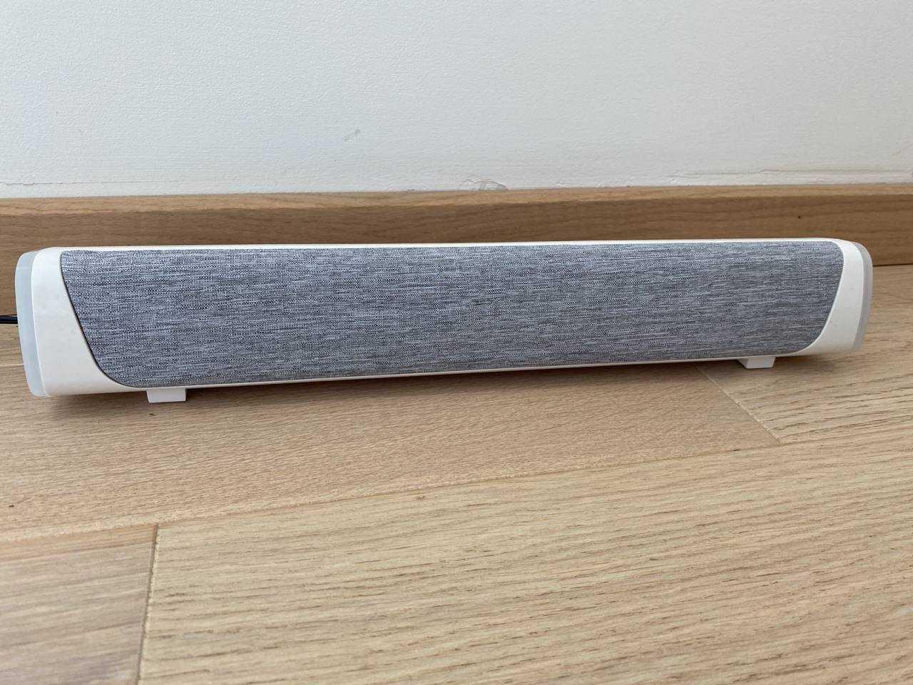 Recensione Desktop Speaker V8: sensazioni da low-budget