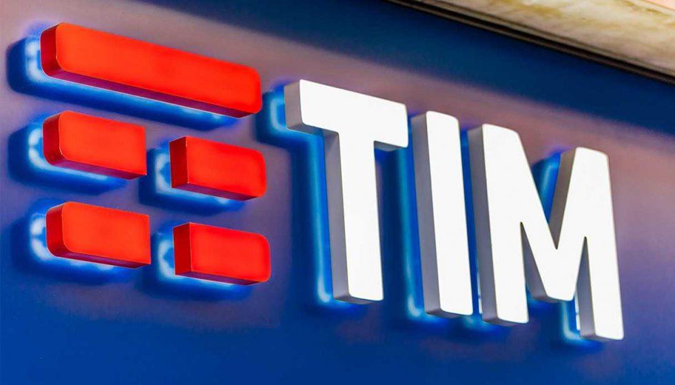 Nuove partnership commerciali per vivo: annunciate collaborazioni con Tim e Unieuro