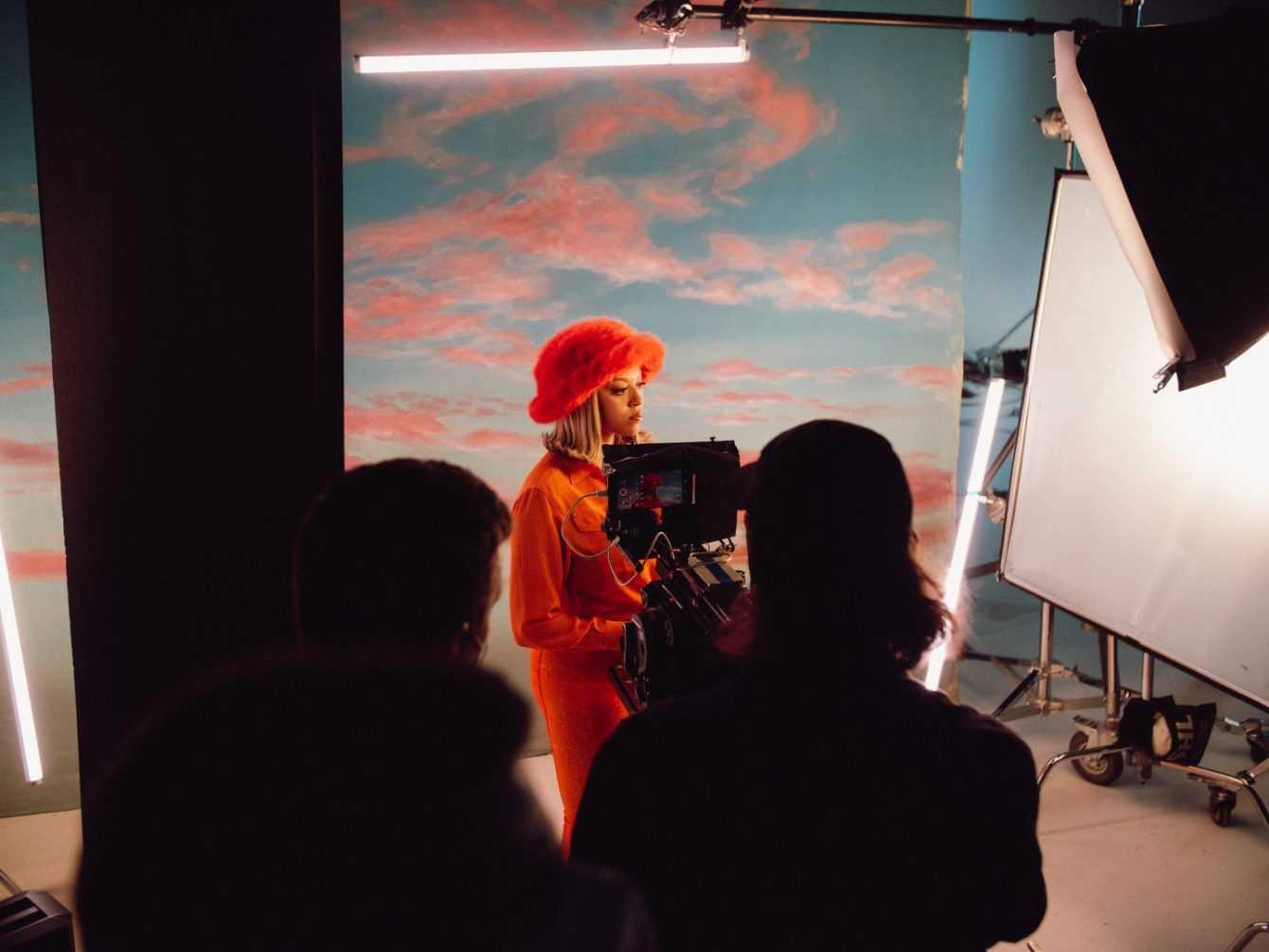Xiaomi Mi 11i: videoclip musicale per i Grammy Awards