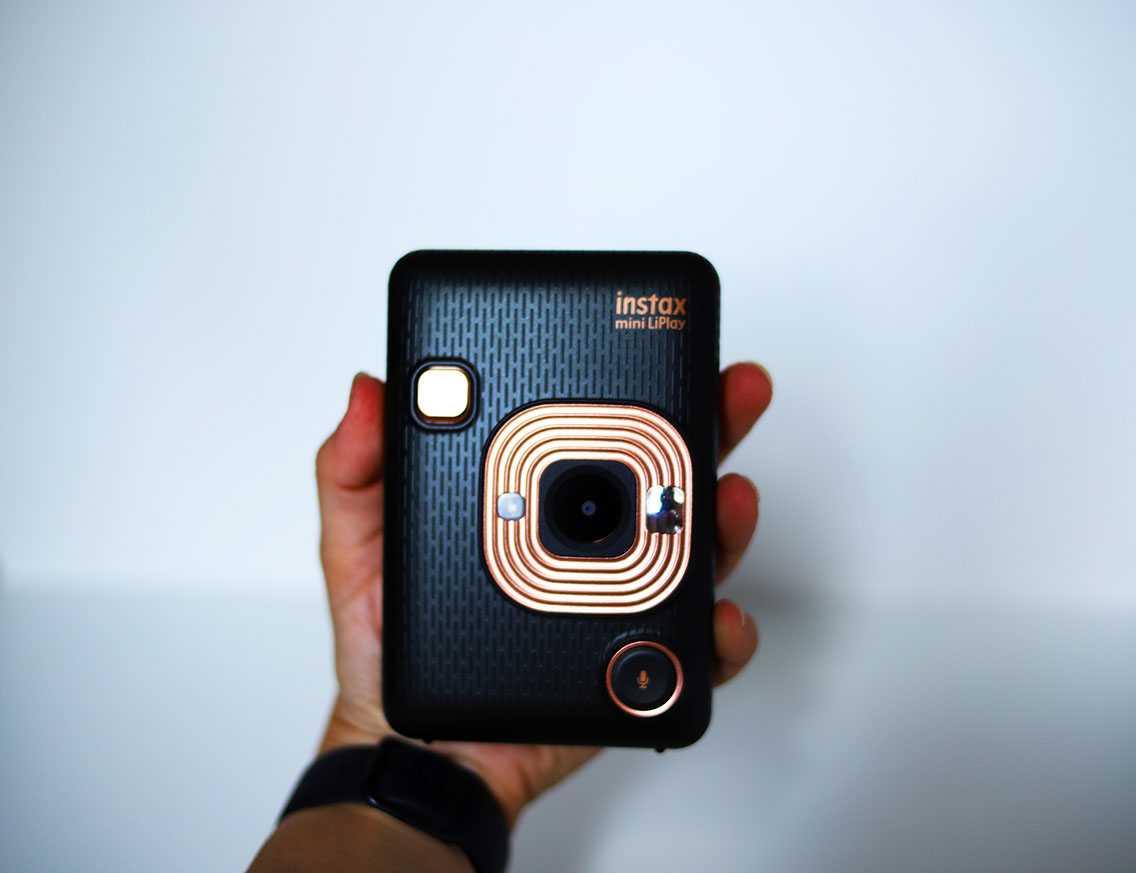 Recensione Fujifilm Instax Mini Liplay: puro divertimento