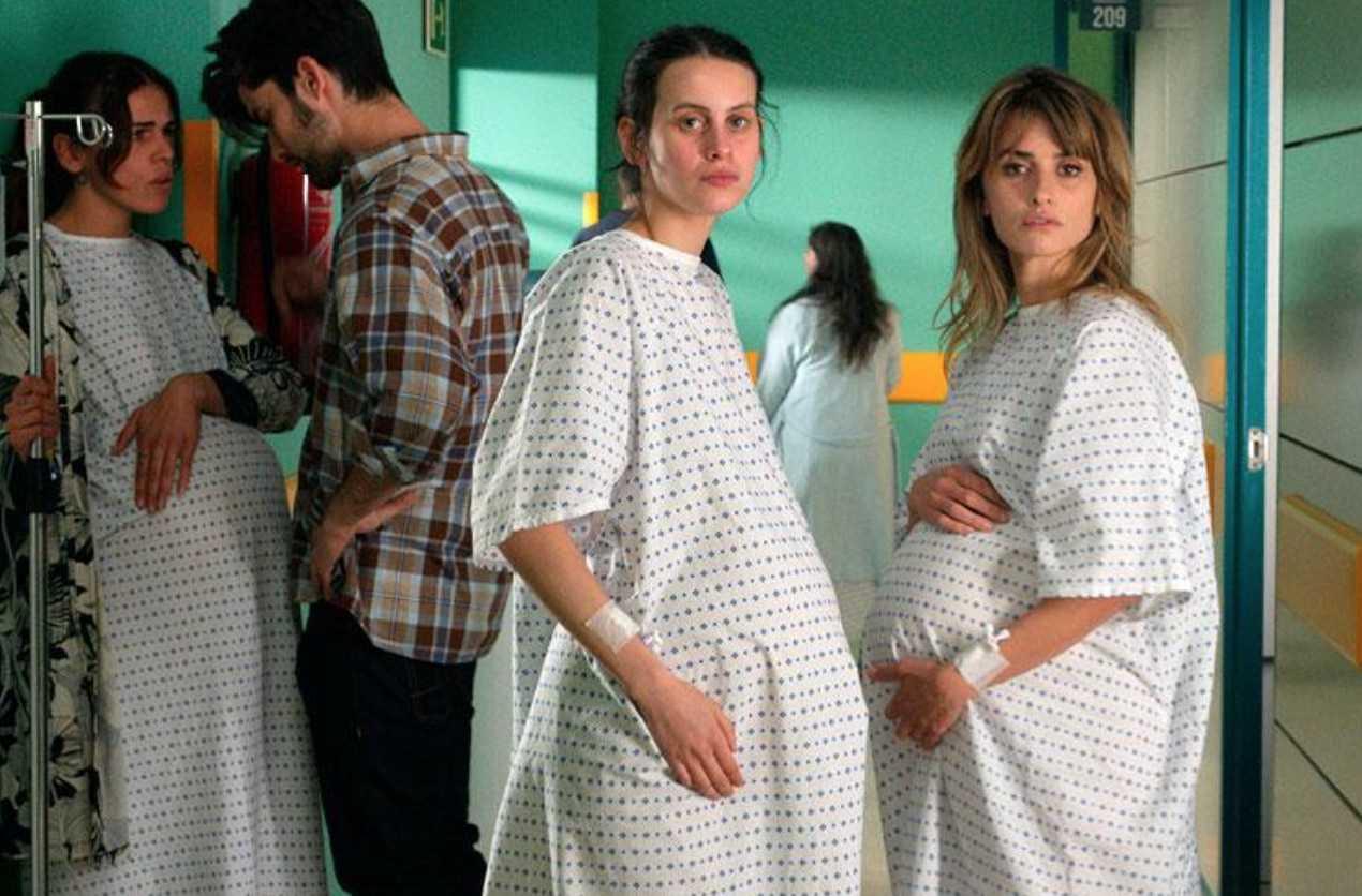 Venezia 78: Madres Paralelasdi Pedro Almodóvar apre la mostra