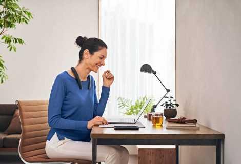 Sony SRS-NB10: lo speaker indossabile per lo smart working