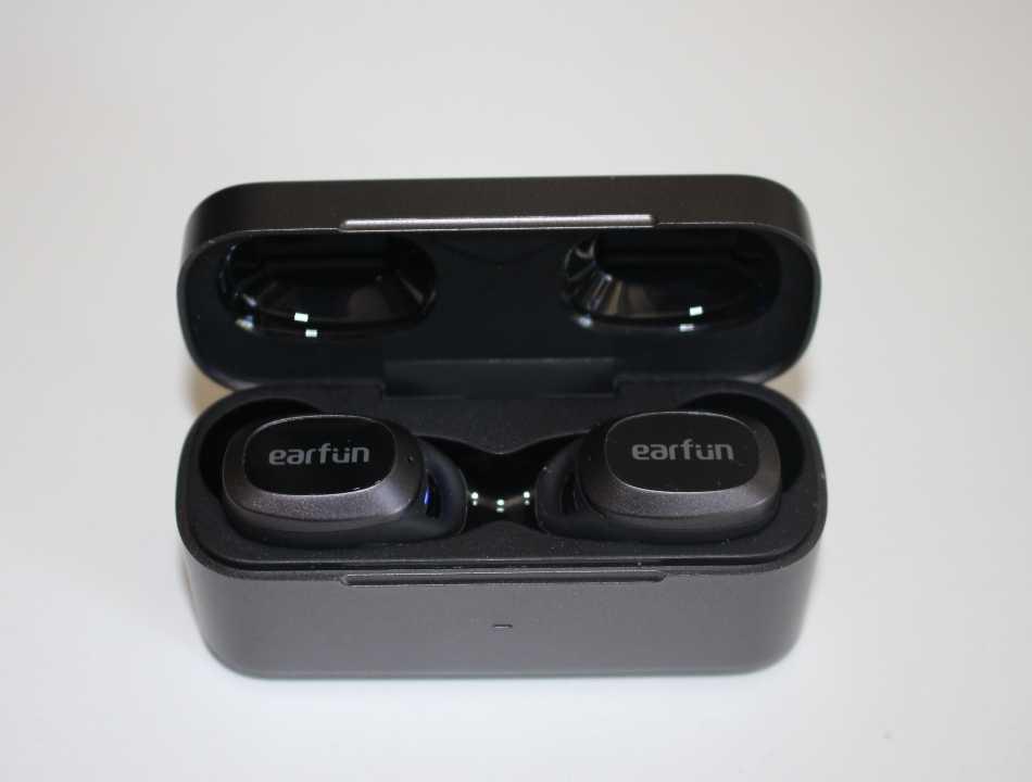 Recensione EarFun Free Pro: gli auricolari che sfidano la fascia alta