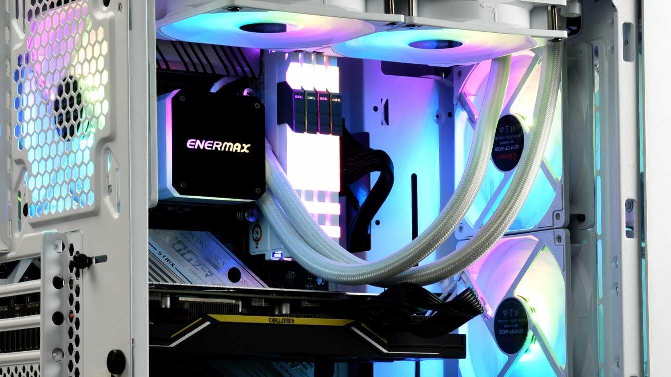 ENERMAX lancia la nuova serie di ventole HF120 ARGB