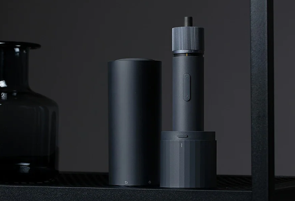 HOTO 3,6 V Cordless Screwdriver Kit, l'avvitatore in offerta
