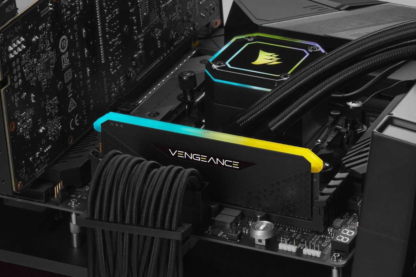 CORSAIR DDR4 VENGEANCE RGB: new RAM models for the historic line